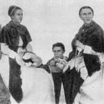 Леся Українка З О. Є. Судовщиковою, 1897 р.