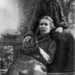 Леся Українка З тіткою Олександрою, 1906 р.