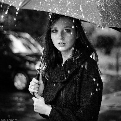 Сквозь моросящий дождь...