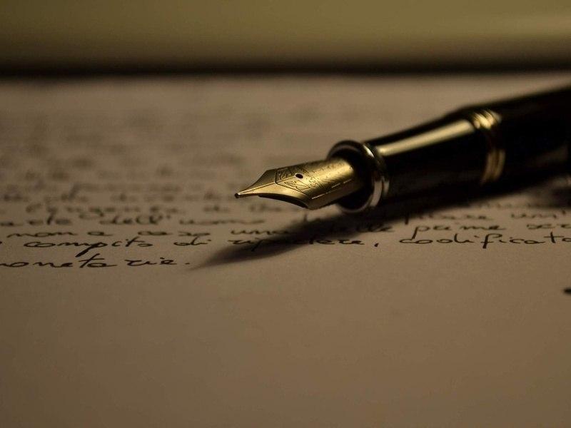 Поети вмирають у гострій, самотній пітьмі