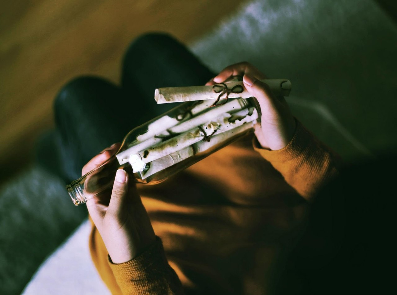 Напиши мені, пташко, чотири останніх листа.