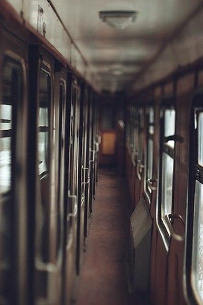 Київському вокзалу присвячую.